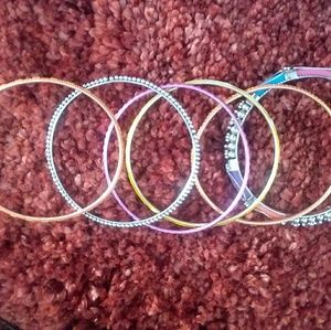 Set of 6 bangle bracelets